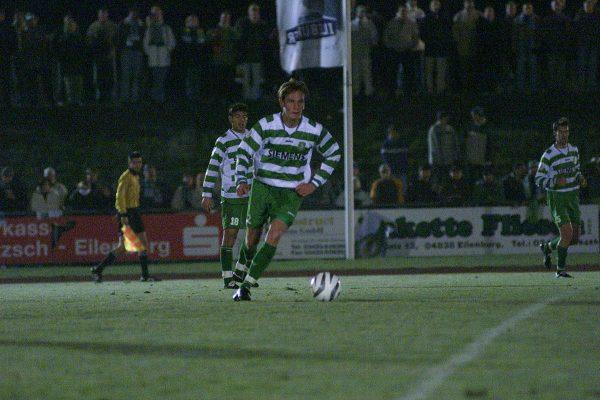 Daniel Ferl beim ODDSET-Pokalspiel Sachsen Leipzig Ð Chemnitzer FC (2:1) im Eilenburger Illburgstadion 28.10.2003 Andreas Wendt