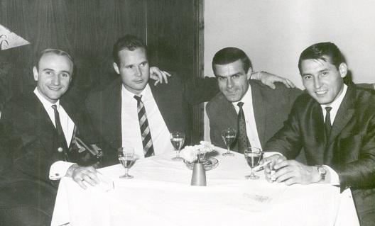 Fußball historisch LeipzigBSG Chemie LeipzigFoto: Westend-Presseagenturv.l. Klaus Lisiewicz, Bernd Bauchspieß, Helmut Schmidt, Klaus GüntherMeister